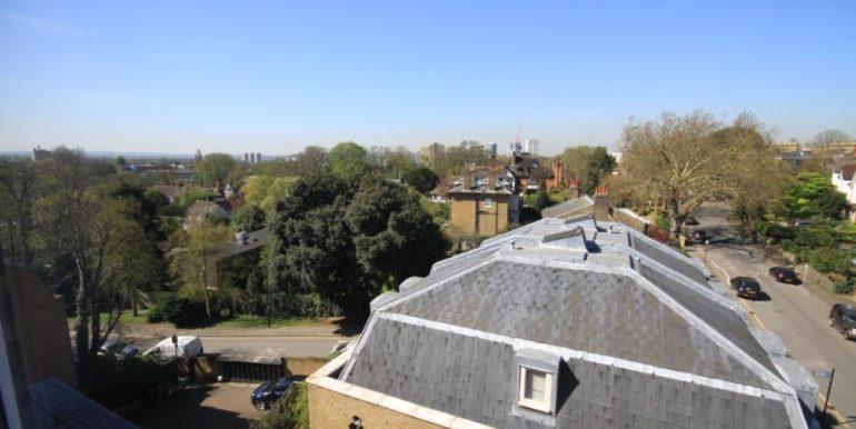 18 Heathfield House, SE3 009 (900x600)