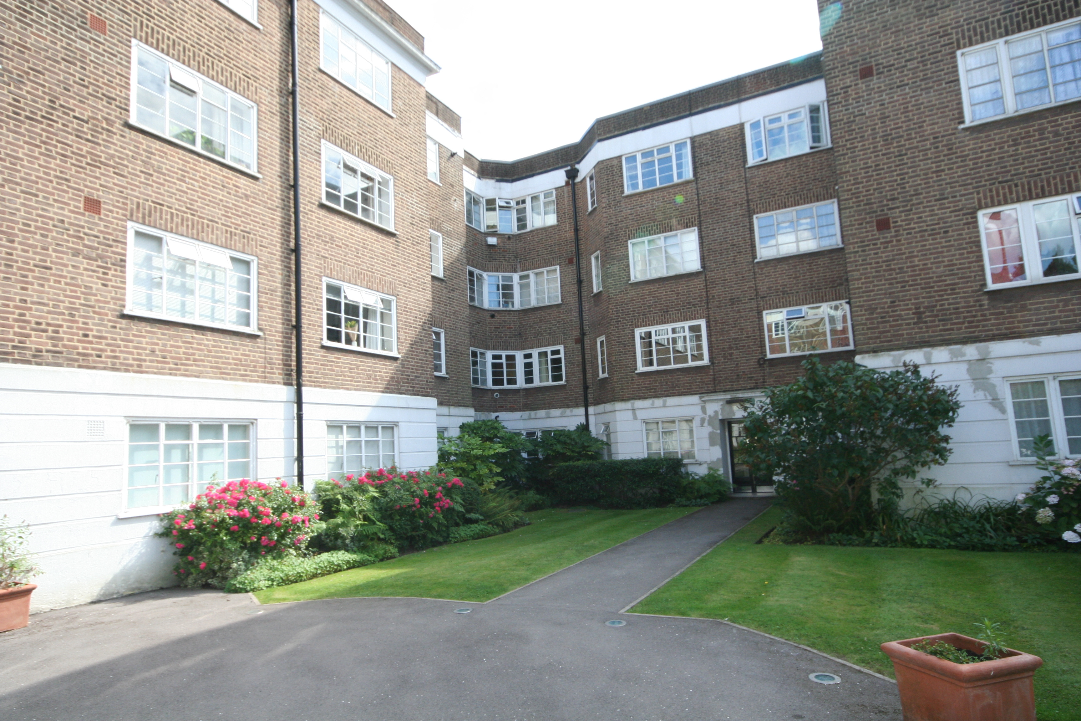 DARTMOUTH COURT, SE10 8AT
