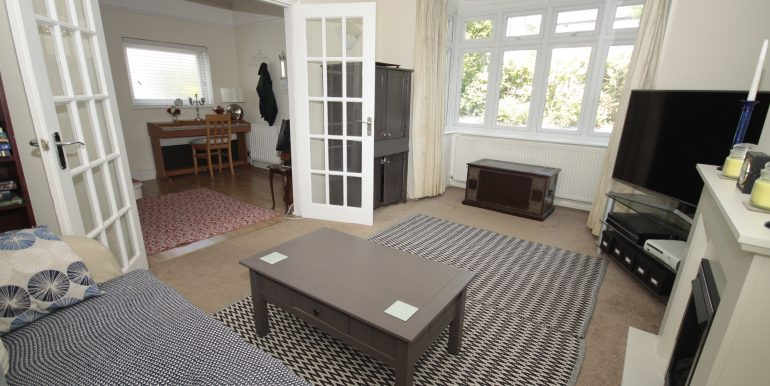 26 Westbrook Road - New Lounge (2)